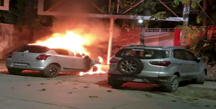 देहरादून: रेलवे स्टेशन पर आग का गोला बनी कार