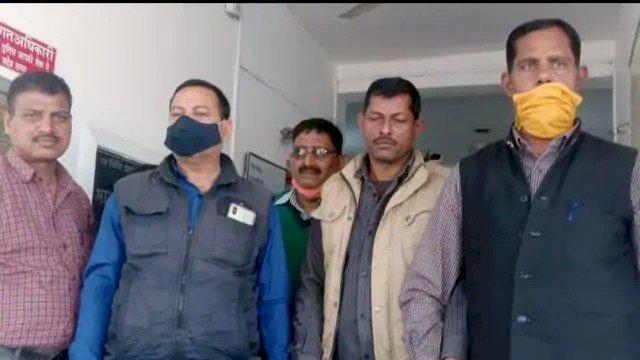 रिश्वत लेते रंगे हाथों गिरफ्तार हुआ बिजली विभाग का जेई