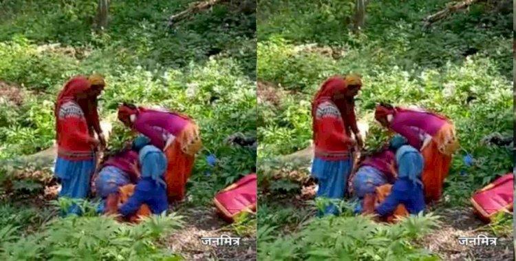 उत्तराखंड: अस्पताल ले जाते समय जंगल में हुआ महिला का प्रसव