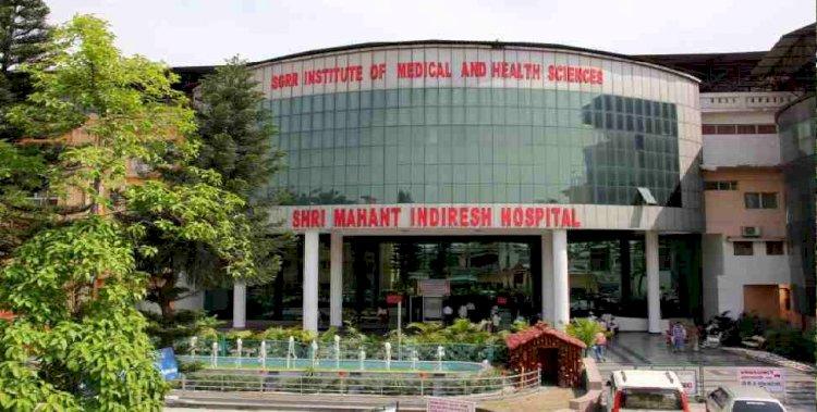 अधिक से अधिक कोरोना मरीजों की के इलाज की व्यवस्था में जुटा है महंत इंदिरेश अस्पताल