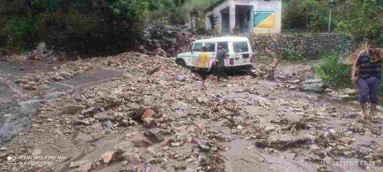 बड़ी खबर:भारी वर्षा से रुद्रप्रयाग में मची तबाही, देखे वीडियो