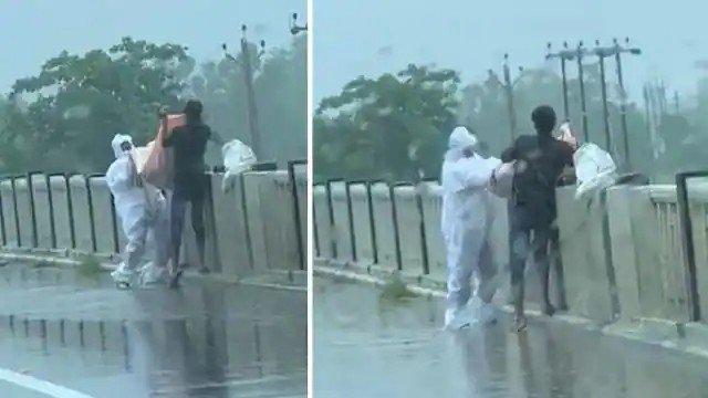 पीपीई किट पहनकर नदी में डाल रहे थे कोरोना संक्रमित का शव, वीडियो वायरल