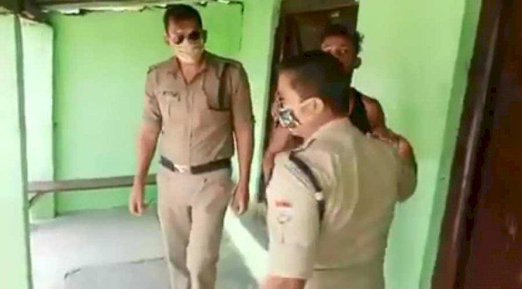 अल्मोड़ा: मास्क पहनने को लेकर पुलिस से उलझा युवक, वीडियो वायरल