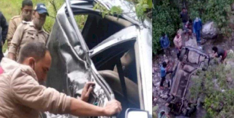 नैनीताल: देर रात खाई में गिरी कार, हादसे में दो लोगों की मौत, एक घायल