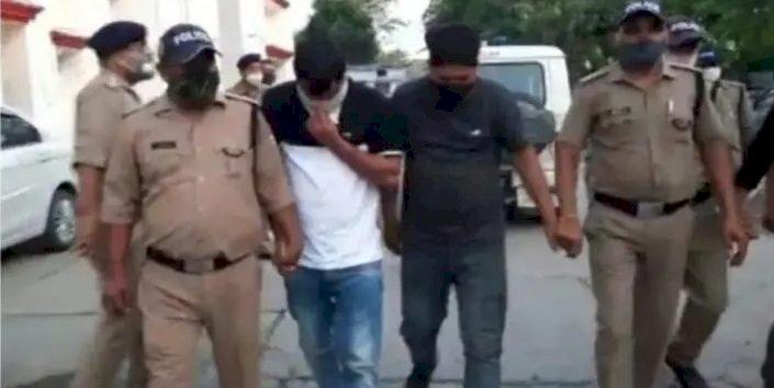 बिग ब्रेकिंग : आठ किलो चरस के साथ दो पुलिस कांस्टेबल सहित चार तस्कर पकड़े गए