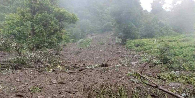 बागेश्वर: भारी बारिश से धवस्त हुआ घर, मलबे में दबा पूरा परिवार
