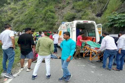 नैनीताल : पहाड़ी से गिरे बोल्डर ने ले ली एक युवक की जान, दूसरा गंभीर रूप से घायल