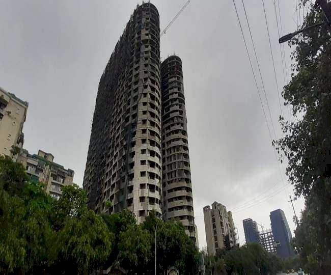 बिग ब्रेकिंग :  सुप्रीम कोर्ट ने दिया सुपरटेक एमरल्ड कोर्ट प्रोजेक्ट के 2 टावर गिराने का आदेश