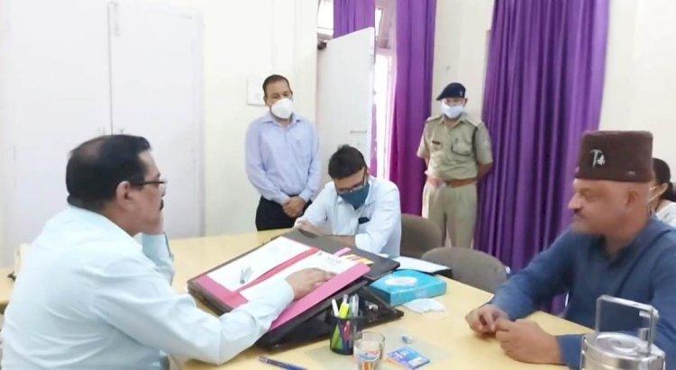 आप के सीएम उम्मीदवार कर्नल (रि) अजय कोठियाल को मिली चौकीदार की नौकरी! ज्वाइनिंग लेटर लेकर पहुंचे सचिवालय